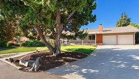 2265 Warmlands Avenue, Vista, CA 92084