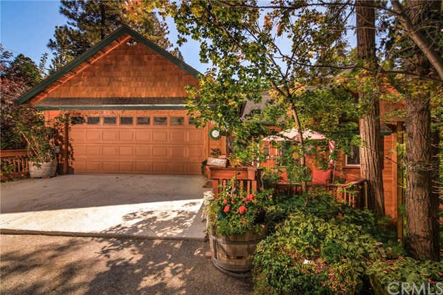 27295 Bernina Drive, Lake Arrowhead, CA 92352 now has a new price of $665,000!