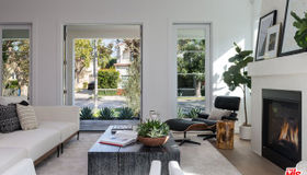 935 S Burnside Avenue, Los Angeles, CA 90036