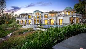 10350 Wyton Drive, Los Angeles, CA 90024