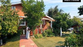5402 Fallbrook Avenue, Woodland Hills, CA 91367
