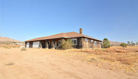 26525 Papago Road, Apple Valley, CA 92307