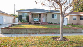 4653 Hackett Avenue, Lakewood, CA 90713
