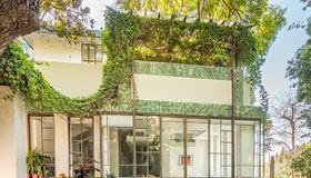 2255 Verde Oak Drive, Los Angeles, CA 90068