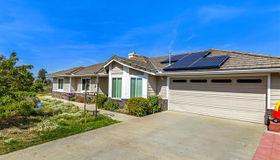 745 W Fig St, Fallbrook, CA 92028