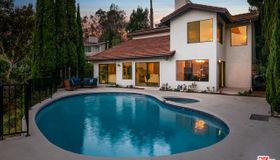 8158 Tianna Road, Los Angeles, CA 90046