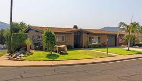 3206 Via Almonte, Fallbrook, CA 92028