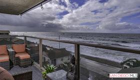 215 S Pacific St, Oceanside, CA 92054