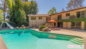 10085 Grandview Drive, LA Mesa, CA 91941