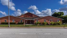 2000 Se Port St Lucie Boulevard, Port Saint Lucie, FL 34952