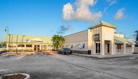 146 E Blue Heron Boulevard, Riviera Beach, FL 33404