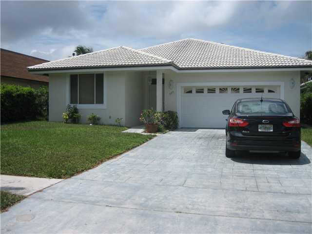 689 Hastings Street, Boca Raton, FL 33487 is now new to the market!