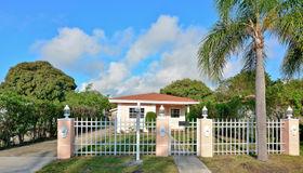 38 sw 8th Avenue, Delray Beach, FL 33444