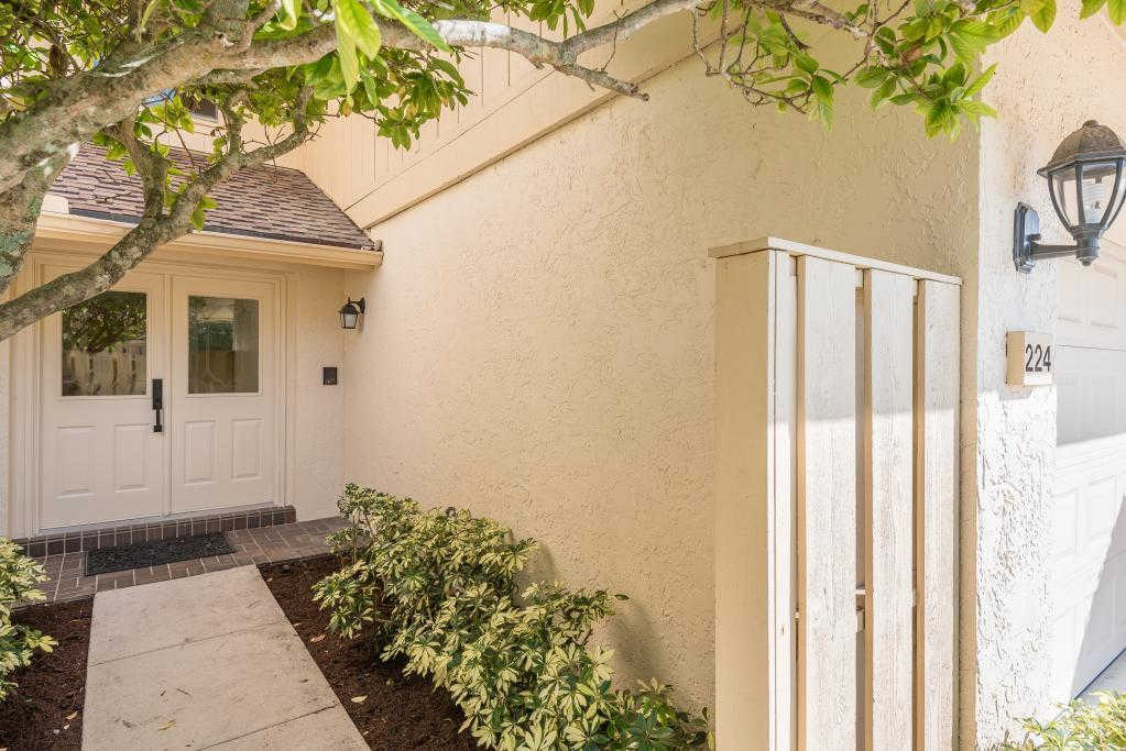 Another Property Rented - 17109 Waterbend Drive #224, Jupiter, FL 33477