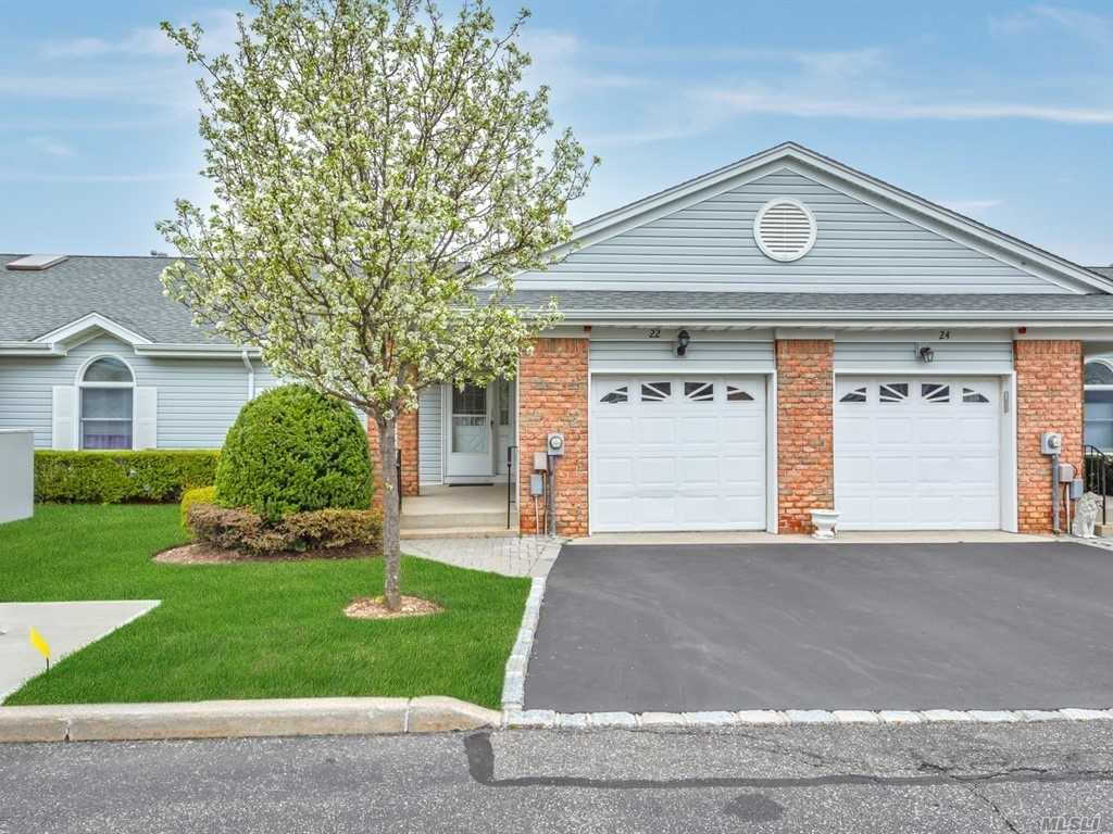22 Primrose Ln, N. Babylon, NY 11703 has an Open House on  Saturday, April 27, 2019 12:00 PM to 2:00 PM