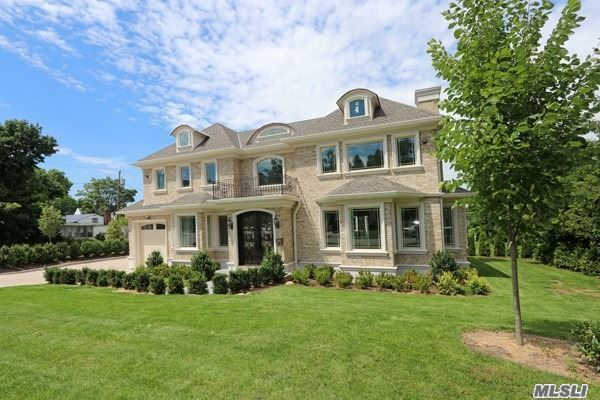 18 Bernard St, Great Neck, NY 11023 now has a new price of $1,799,999!