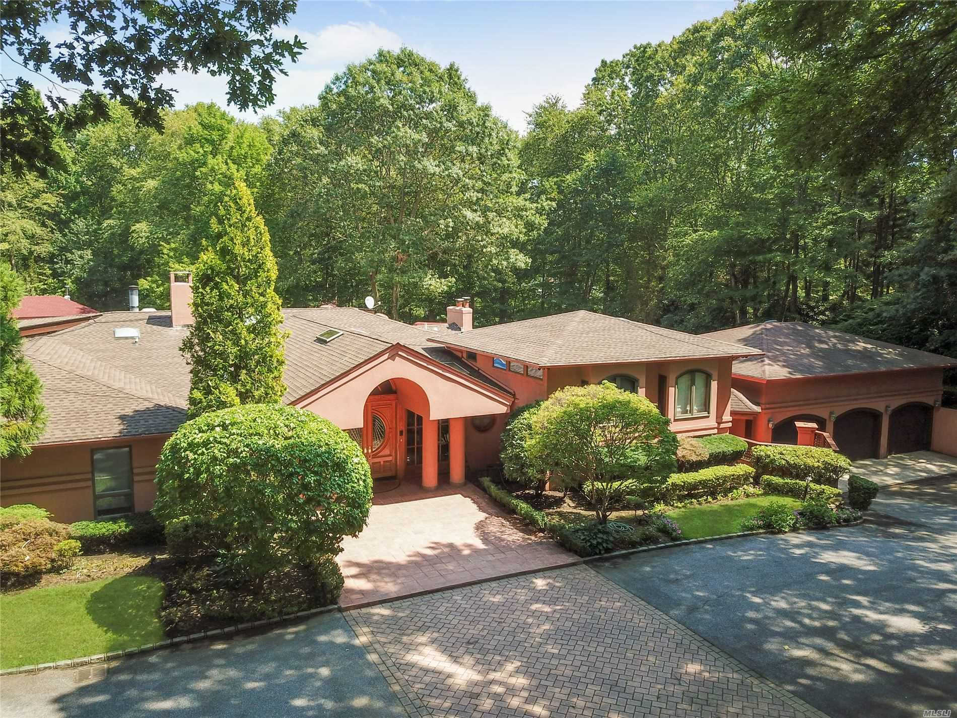 12 Timber Ridge Dr, Laurel Hollow, NY 11771 now has a new price of $2,300,000!