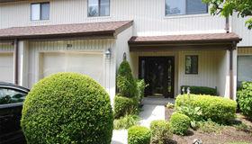 311 Woodland Estates Dr, Baldwin, NY 11510