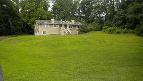 46 Centerville Road, Holmdel, NJ 07733