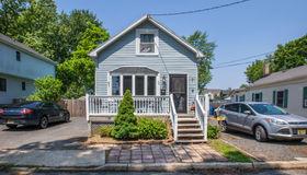 30 York Avenue, Port Monmouth, NJ 07758