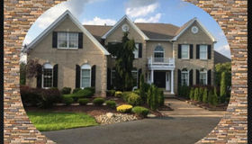 4 Anne Court, Manalapan (man), NJ 07726