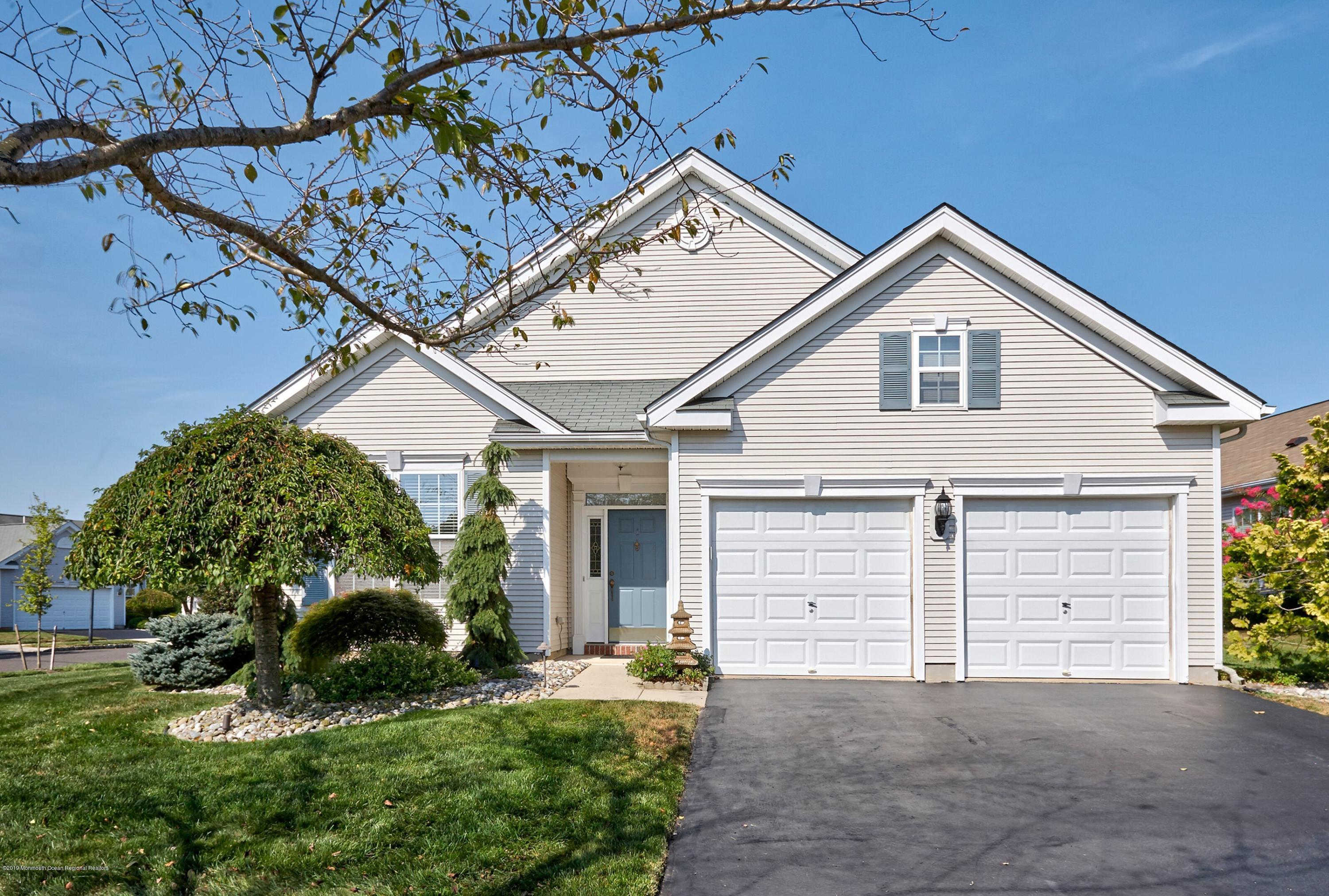 1 Red Coat Place, Allentown, NJ 08501 is now new to the market!