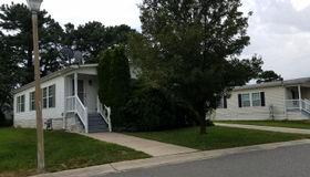 901 Oak Ridge Terrace, Whiting, NJ 08759