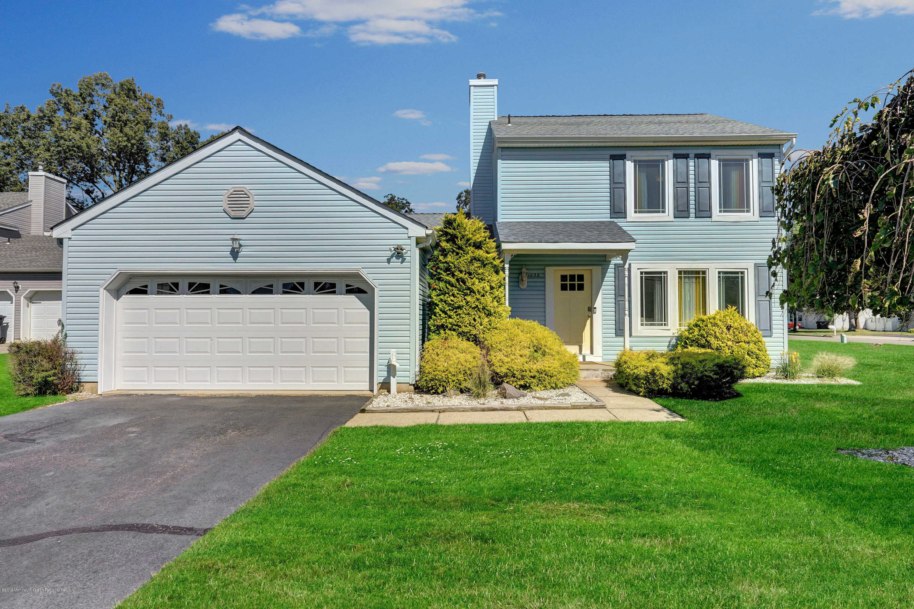 1258 Hereford Close, Toms River twp (tom), NJ 08753 now has a new price of $334,900!