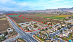 632 Santa Ana Road, Hollister, CA 95023