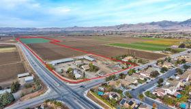 632 Santa Ana Road, Hollister, CA 95023