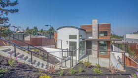 901 Loyola Drive, Los Altos, CA 94024