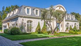 49 Fairview Avenue, Atherton, CA 94027
