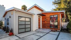 135 Coleridge Avenue, Palo Alto, CA 94301