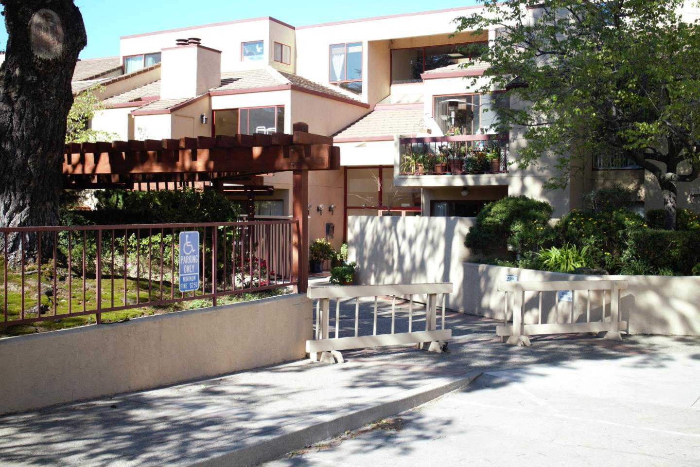 25912 Hayward Boulevard #115, Hayward, CA 94542 is now new to the market!