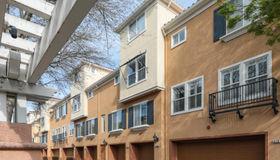 2107 Sonador Commons, San Jose, CA 95128