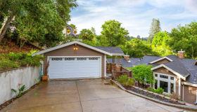 60 LA Espiral Road, Orinda, CA 94563