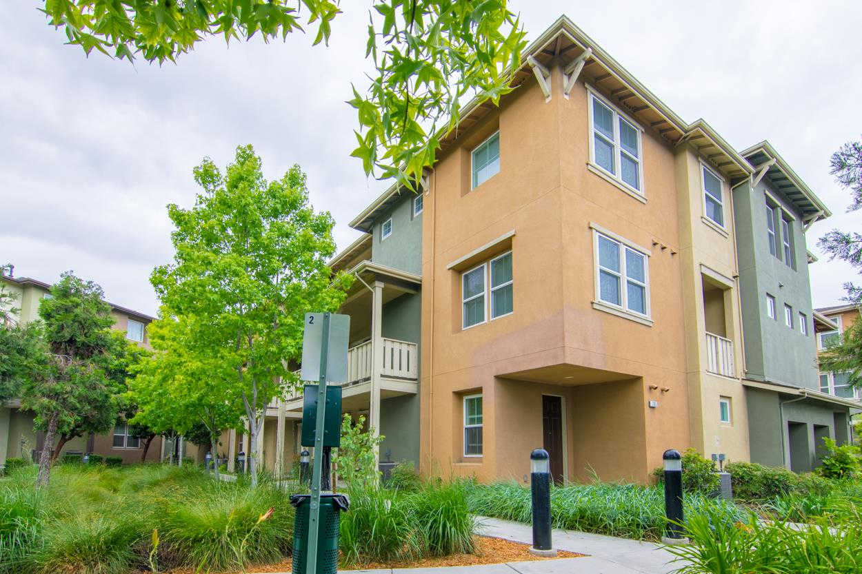795 Modern Ice Drive, San Jose, CA 95112 now has a new price of $699,888!
