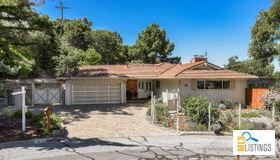 1512 Vine Street, Belmont, CA 94002