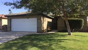303 Sherman Peak Drive, Bakersfield, CA 93308