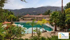 12500 Corbetta Lane, Los Altos Hills, CA 94022