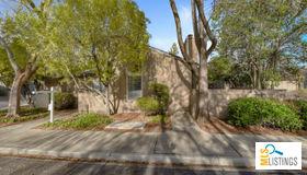 101 Spruce Hill Court, Los Gatos, CA 95032