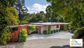 3875 Jefferson Avenue, Redwood City, CA 94062