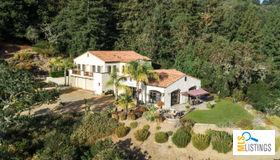 3030 Pleasant Valley Road, Aptos, CA 95003