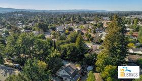 165 Giffin Road, Los Altos, CA 94022