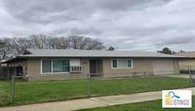 2326 South Weller, Fresno, CA 93706