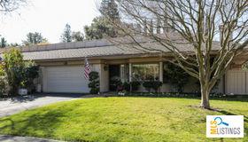6 Bay Tree Lane, Los Altos, CA 94022