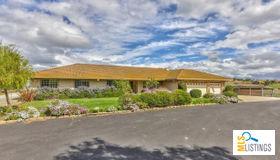85 Mccary Drive, Hollister, CA 95023