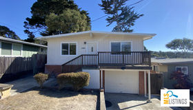 1209 Shafter Avenue, Pacific Grove, CA 93950
