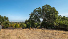 000 Hillcrest Way, Redwood City, CA 94062