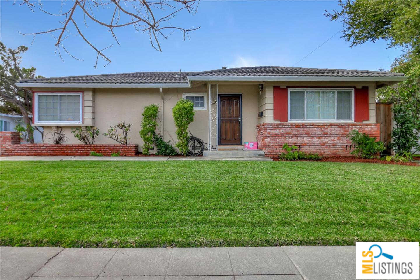 Another Property Sold - 913-915 Miller Avenue, Cupertino, CA 95014